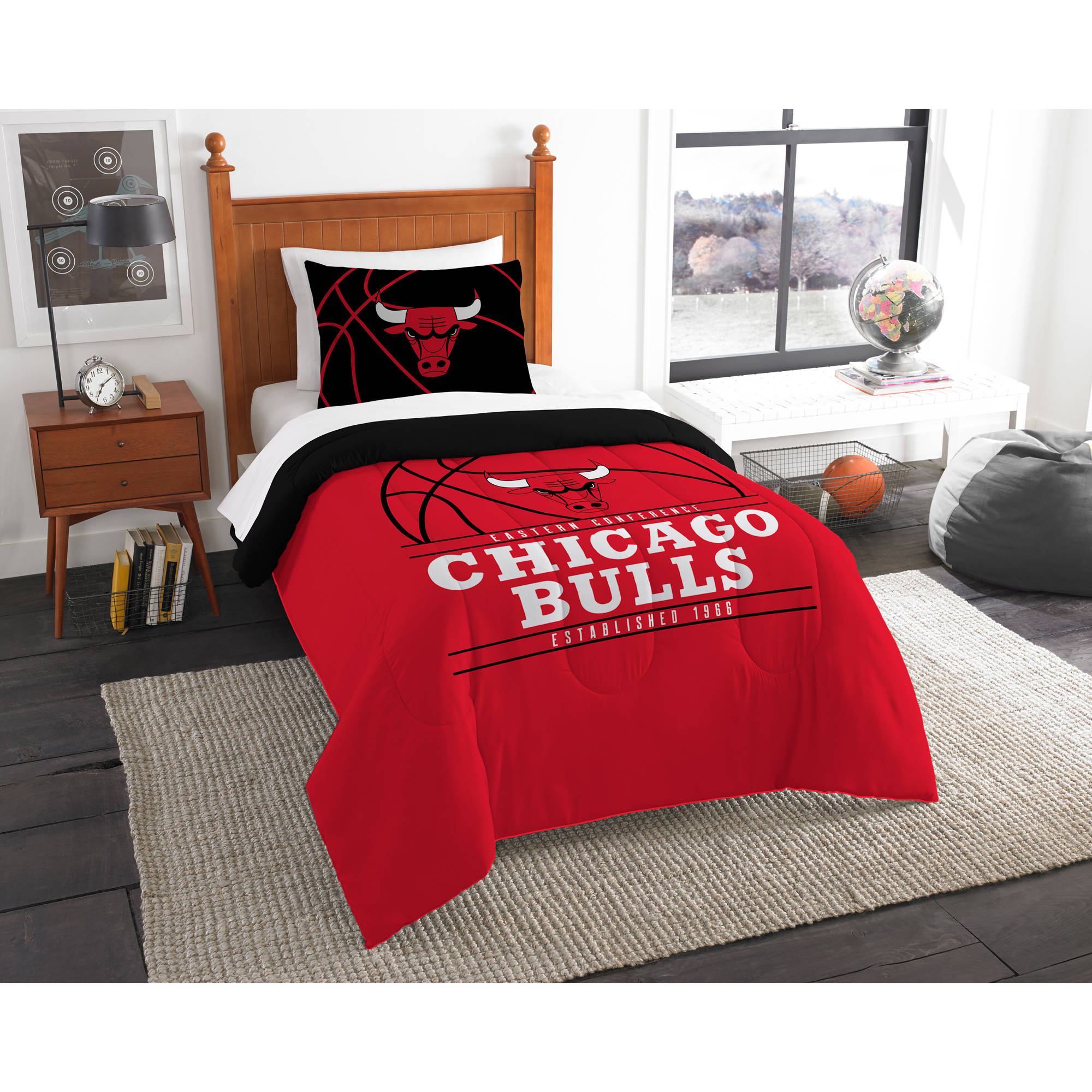 "NBA Chicago Bulls ""Reverse Slam"" Bedding Comforter Set"