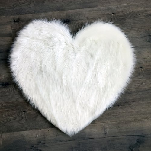 Kroma Carpets Heart Faux Fur White Area Rug
