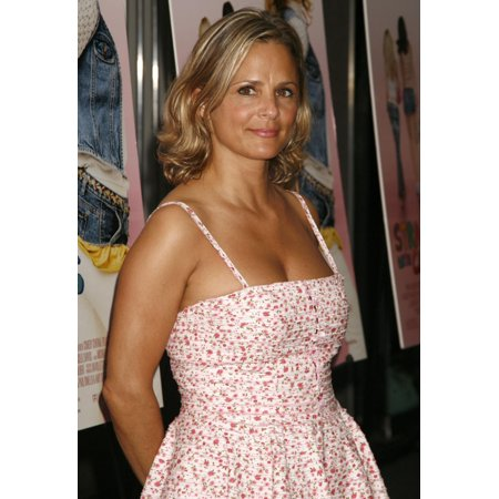 Amy Sedaris At Arrivals For Strangers With Candy Premiere Cinema 1-2-3 New York Ny June 20 2006 Photo By Amy SussmanEverett Collection Celebrity](Candy Photos)