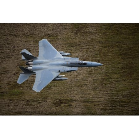 F-15E Strike Eagle low flying over North Wales Canvas Art - Andrew ChittockStocktrek Images (18 x 12) ()