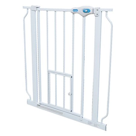 Carlson Pet Products Extra Wide Expandable Gate with Small Pet (Carlson Extra Wide Gate With Small Pet Door)