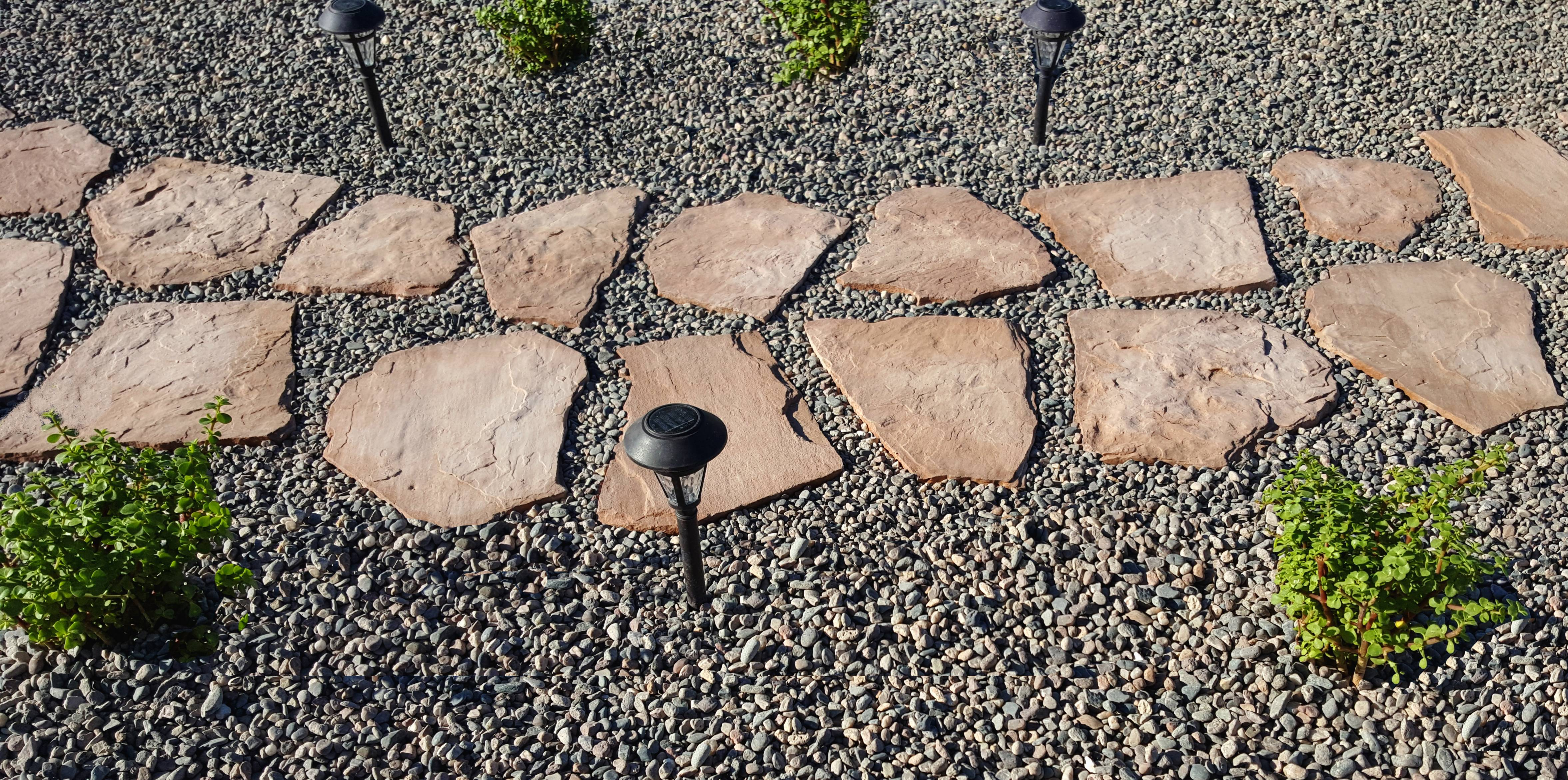 Stonehaven Sand Stepping Stone Pack by Natural Stone Mfg Co Inc