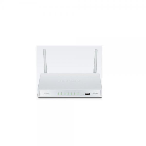 D-Link DIR-640L WL N300 SOHO 4LAN 1WAN VPN SSL FIREWALL ROUTER by D-Link