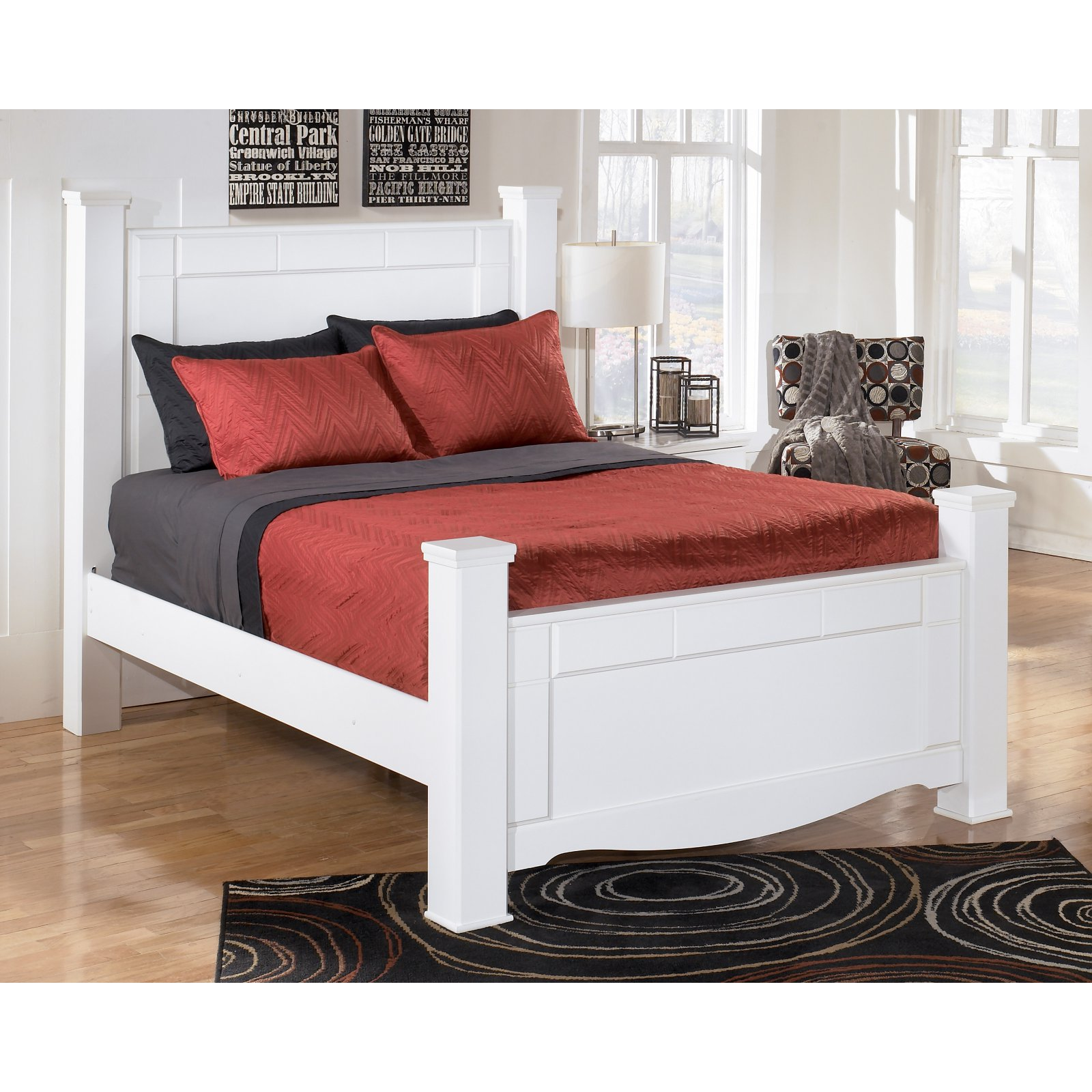 Signature Design by Ashley Weeki Poster Bed