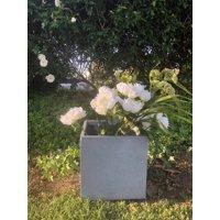 Durx-litecrete Lightweight Concrete Modern Square Charcoal Planter-Medium