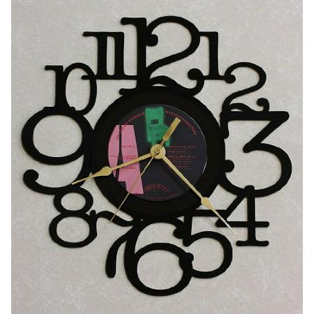 Jefferson starship ~ Nuclear Furniture ~ Recycled Lp Vinyl Record/Album Wall Clock ~ Decorative Wall Art ~ S-11 ()