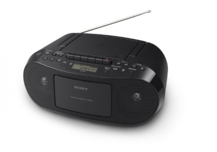 Sony CFDS50 Portable CD, Cassette & AM FM Radio Boombox by Sony