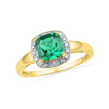 - Lab Created Princess Cut Green Emerald 1.75 Carat (ctw) Solitaire Ring 10K Yellow Gold