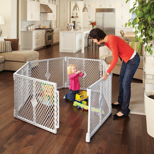 North State - Superyard XT Portable Playard & Gate