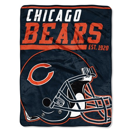 "NFL Chicago Bears ""40-Yard Dash"" 46""x 60"" Micro Raschel - Chicago Bears Home Decor"