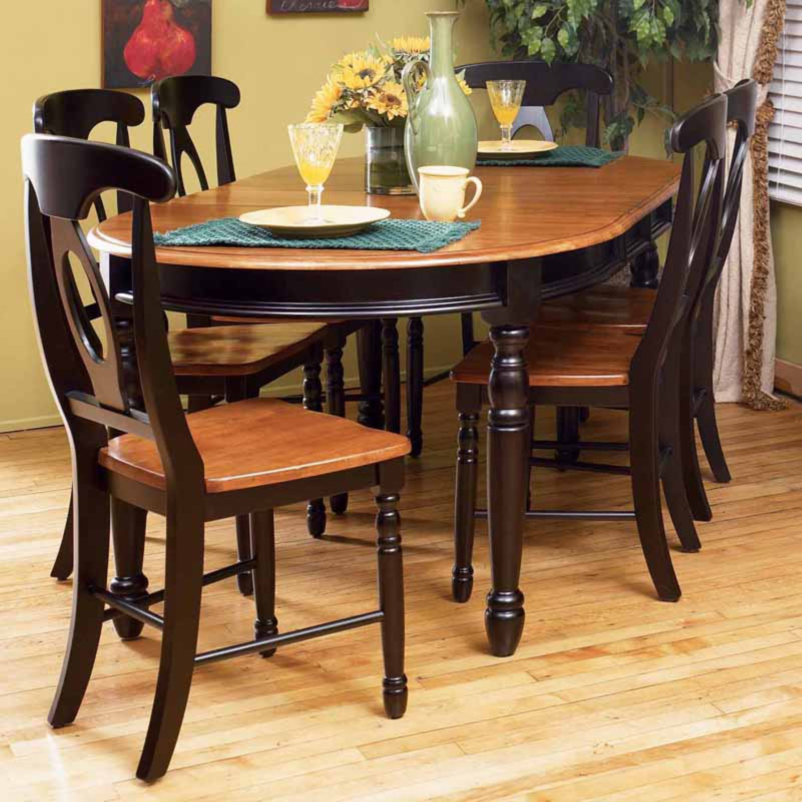 A-America British Isles Oval Dining Table