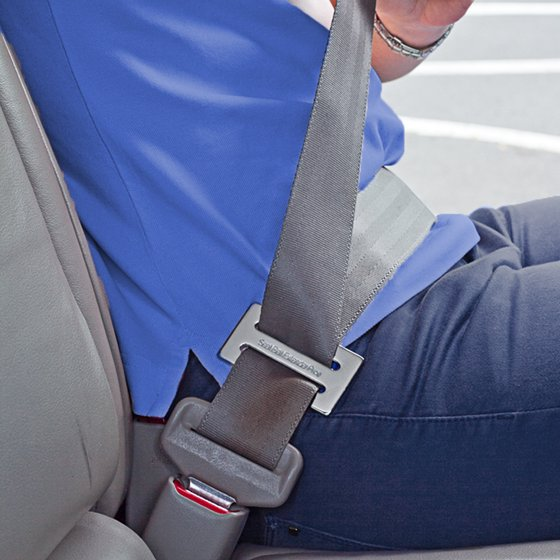 Pack of 2 Seat Belt Clips - Eliminates pain in seconds
