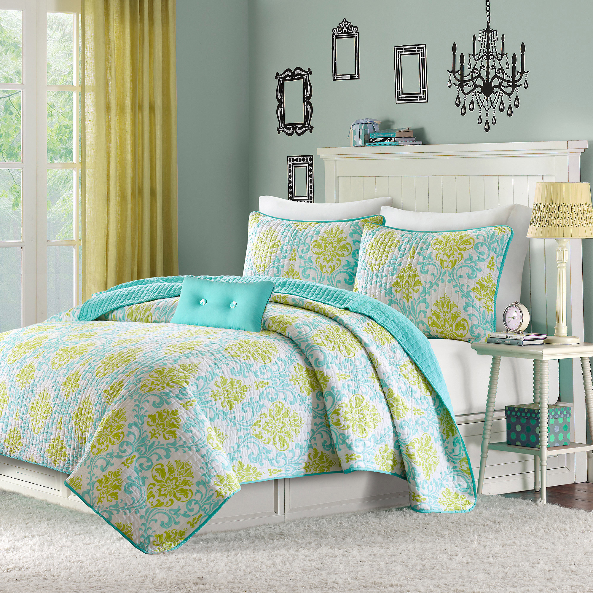 Home Essence Teen Bella Printed Coverlet Bedding Set