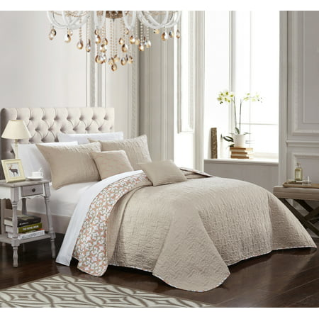 Chic Home 9-Piece Pamelia Quilted Flor De Lis Patterned REVERSIBLE Printed King Quilt Set Beige With sheet set ()