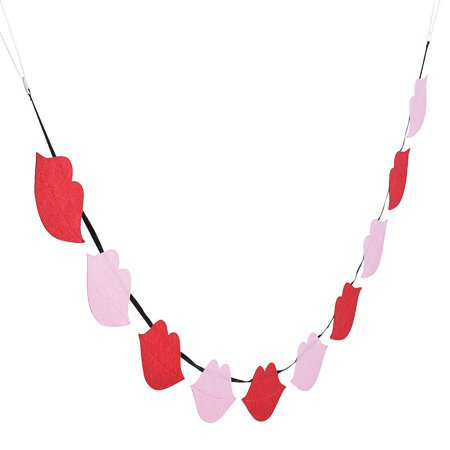 Fun Express Felt Lip Garland For Valentine S Day Home Decor