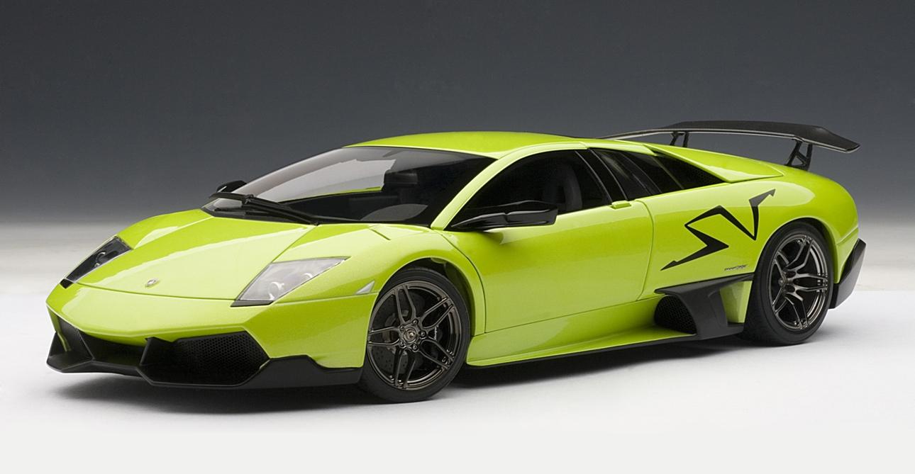 Lamborghini Murcielago LP670-4 Sv Coupe Green 18-21050 1//24 Bburago Model Car M