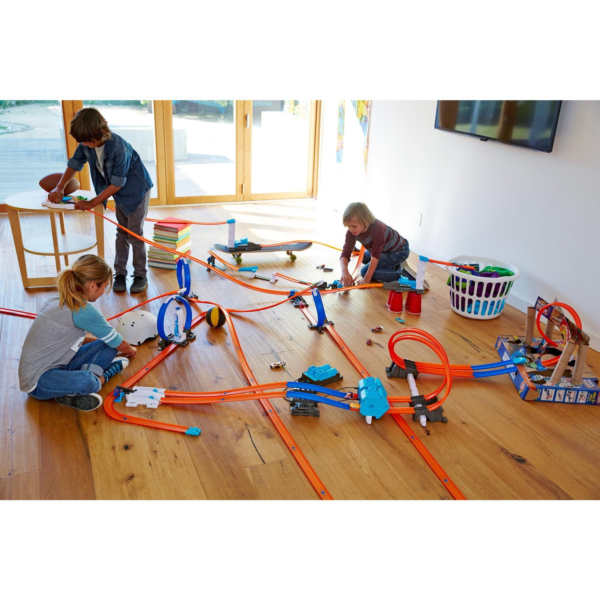 Hot Wheels Track Builder 2-Lane Launcher Trackset by Mattel