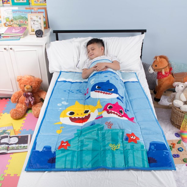 Baby Shark Kids Weighted Blanket Super