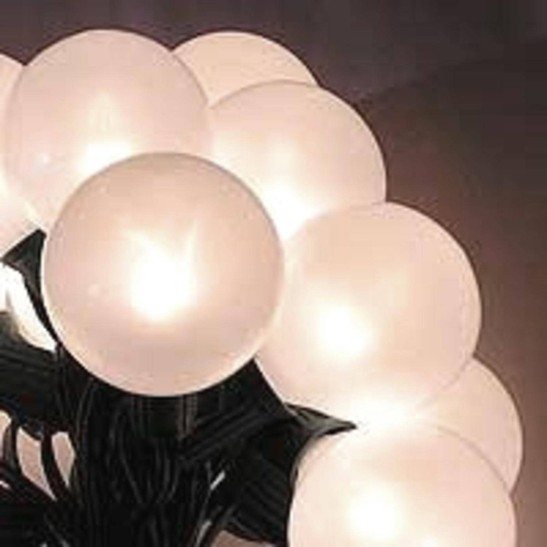 VCO Set of 15 White Pearl G50 Globe Christmas Lights - Gr...