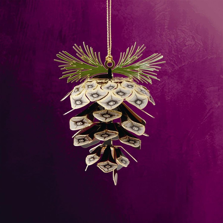 "ChemArt 2.5"" Collectible Keepsakes Sylvan Pine Cone Christmas Ornament"