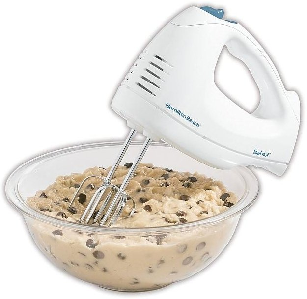Hamilton Beach 62682RZ 250 Watt 6 Speed Electric Hand Mixer with Case, White