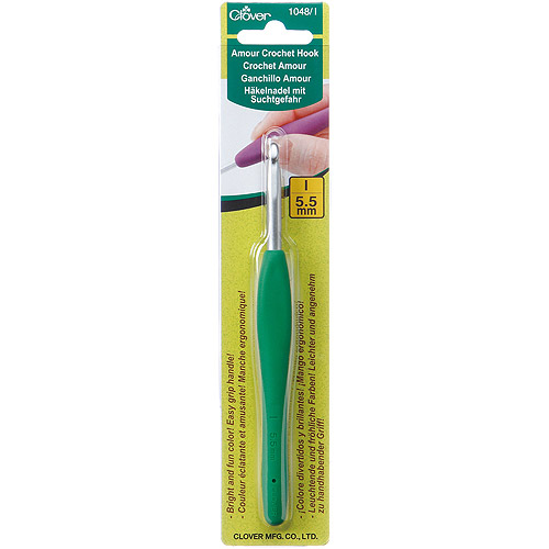 Clover Amour Crochet Hook, Size I