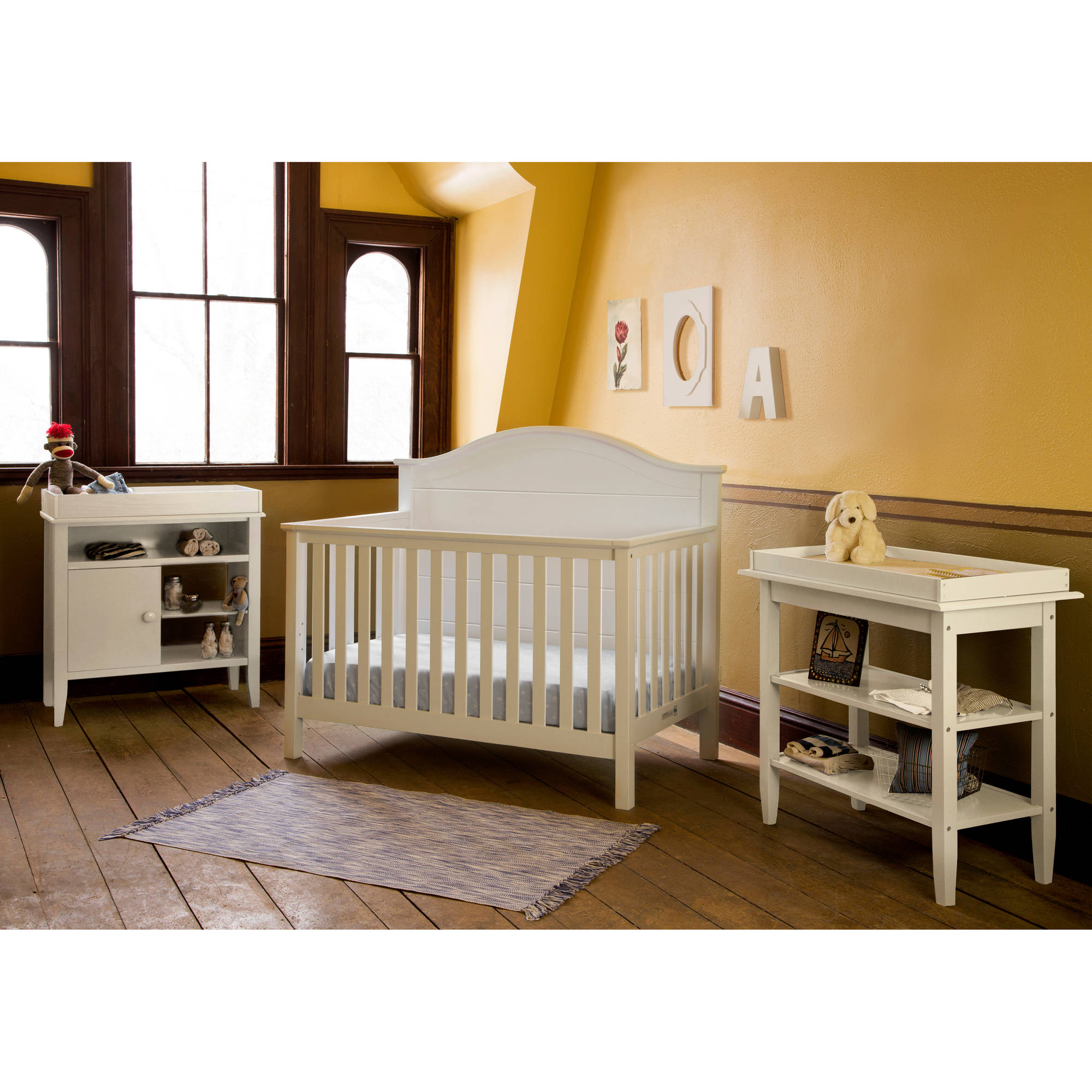 Lolly and Me Cottage 4-in-1 Fixed-Side Convertible Crib, White