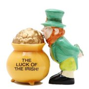 Luck of The Irish Pot of Gold Magnetic Salt & Pepper Shakers