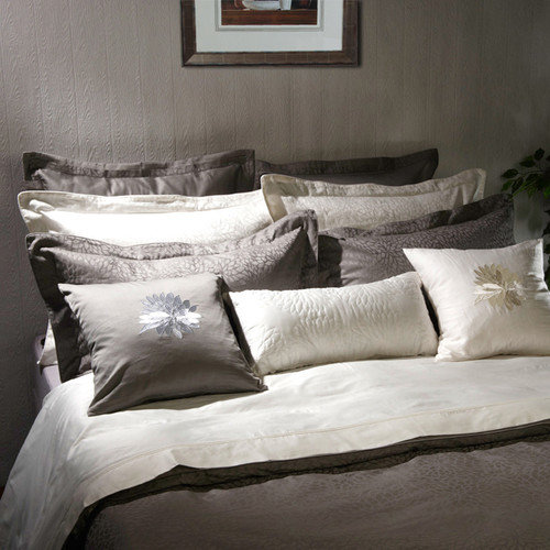 Highland Feather Padova Pillow Sham