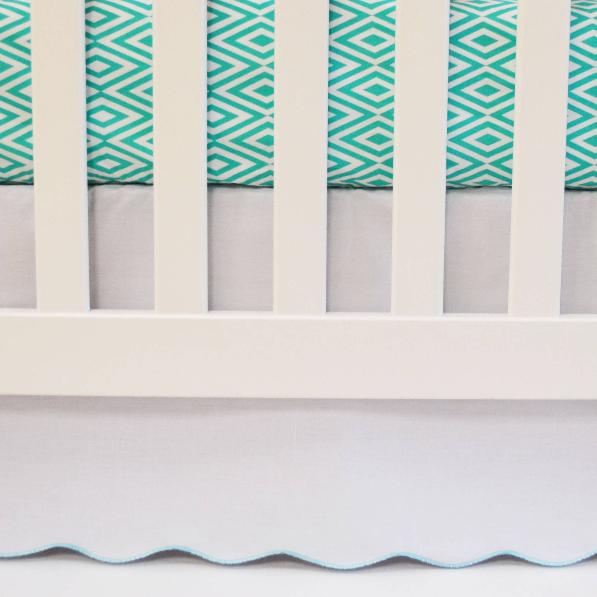 Oliver B White Scalloped Crib Skirt with Turquoise Trim