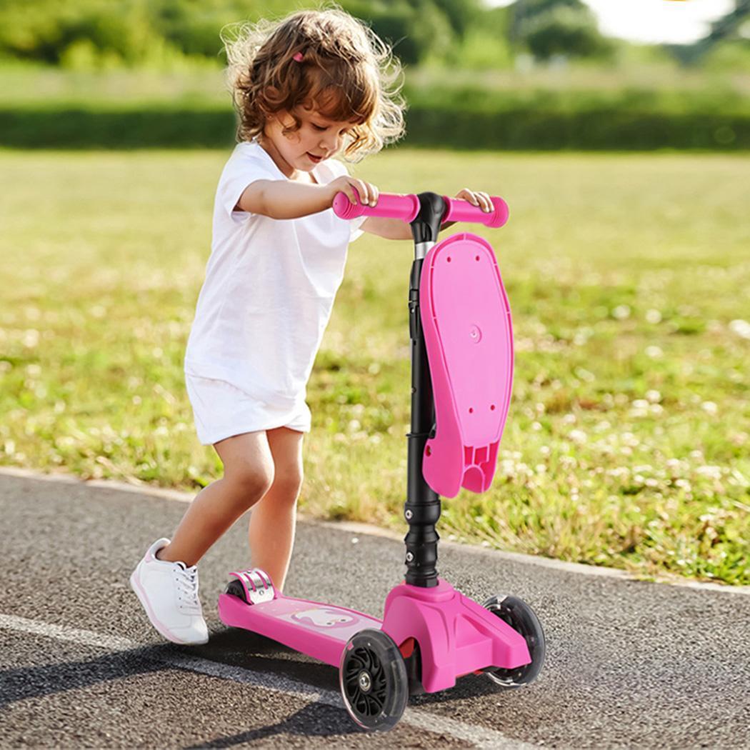 Foldable Children Kick Scooter 3 Flashing Wheels Adjustable Height Kids Gift