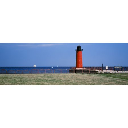 Lighthouse Bodie - Lighthouse on the coast Milwaukee Pierhead Lighthouse Milwaukee Wisconsin USA Canvas Art - Panoramic Images (12 x 36)