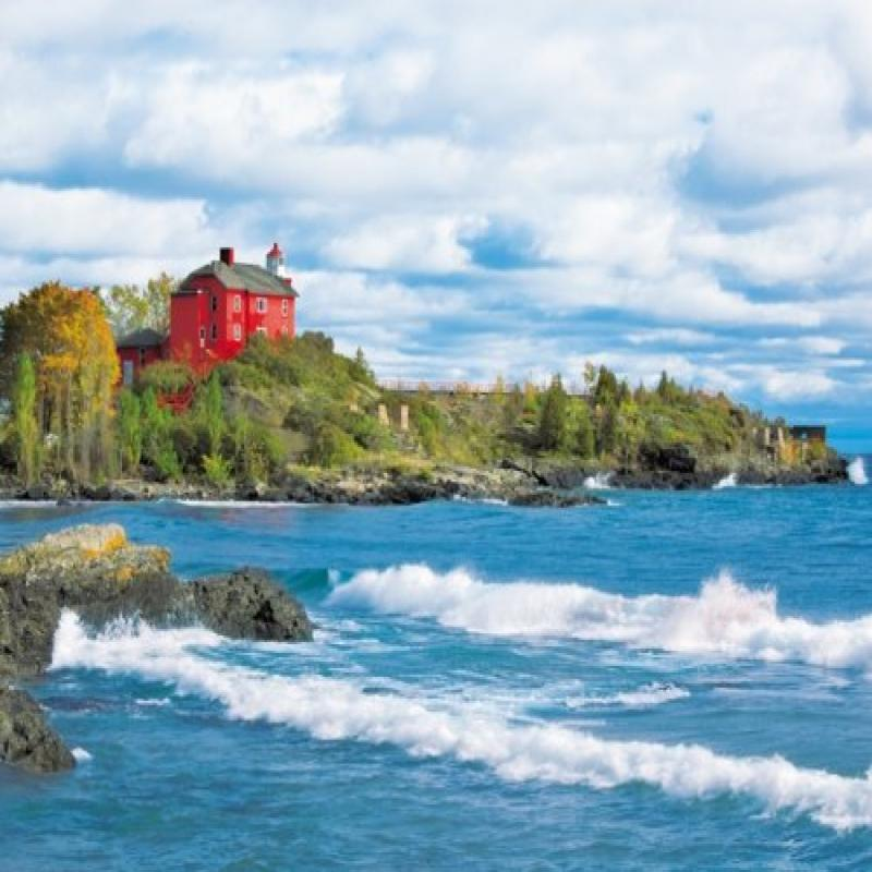 Lighthouse Point 1000 Piece Jigsaw Puzzle
