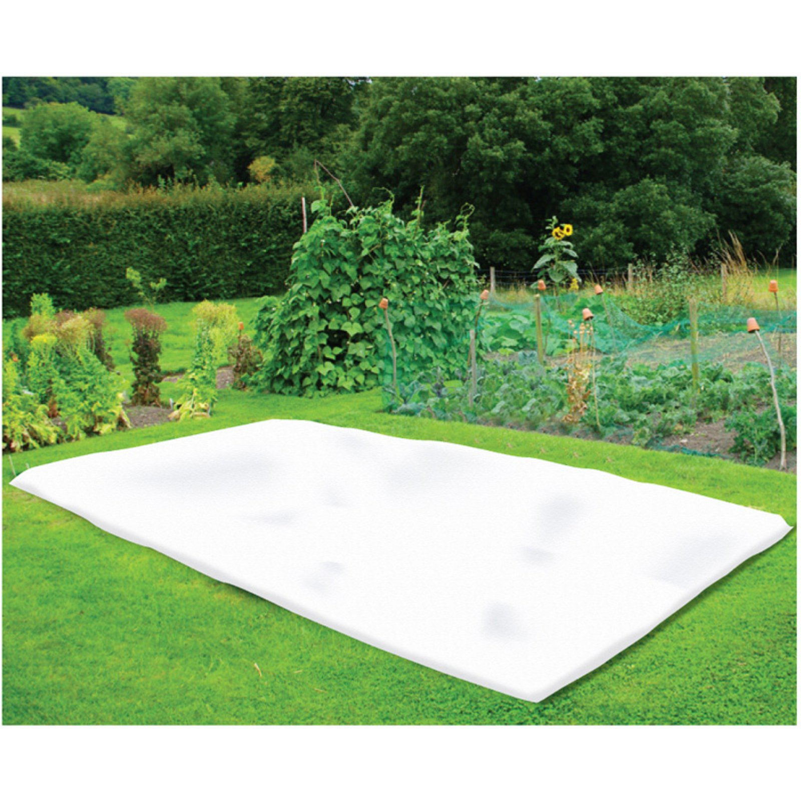 "Nuvue Products 42"" x 25' White Synthetic Fleece Winter Blanket Roll"