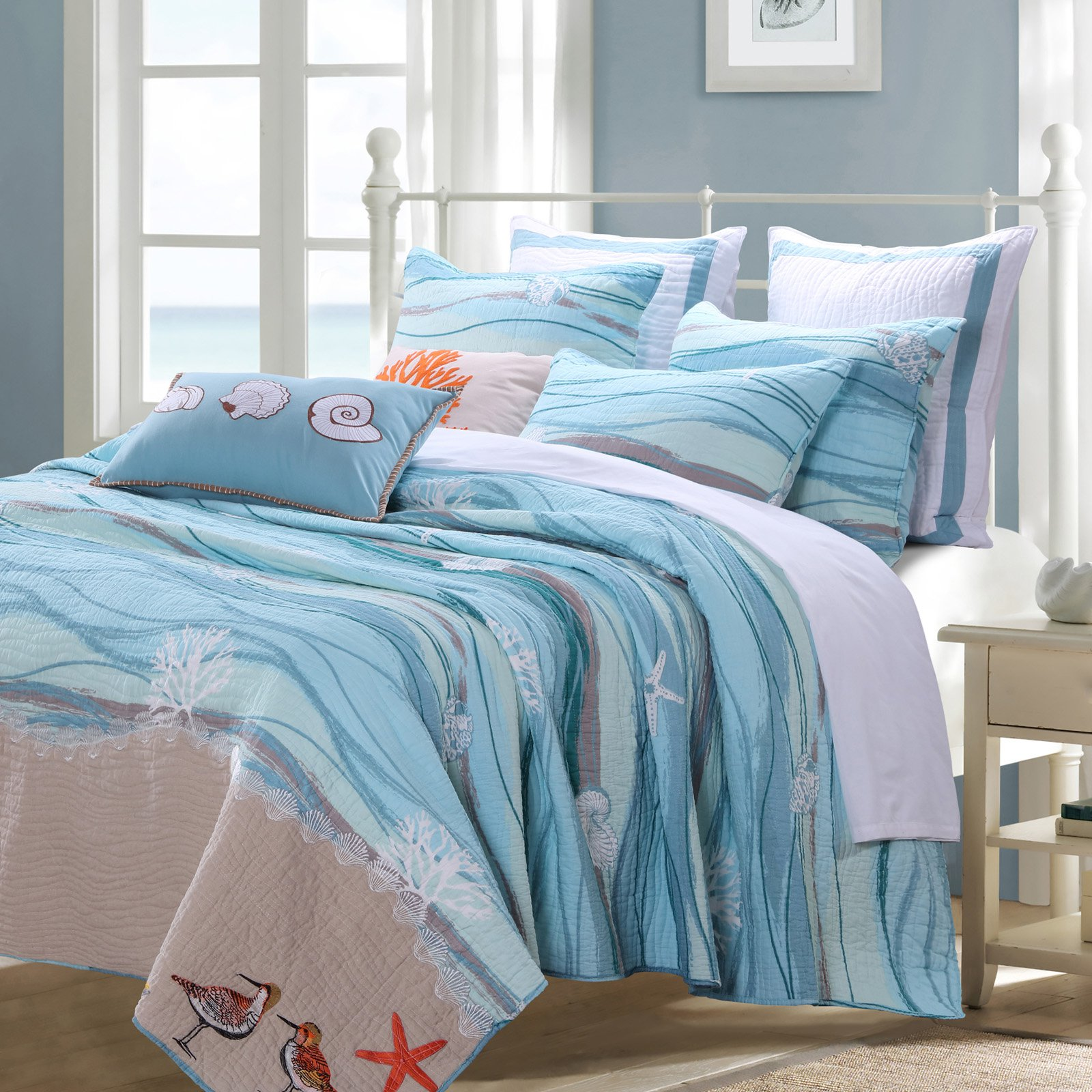 Maui Bonus Quilt Set by Greenland by Greenland Home Fashions