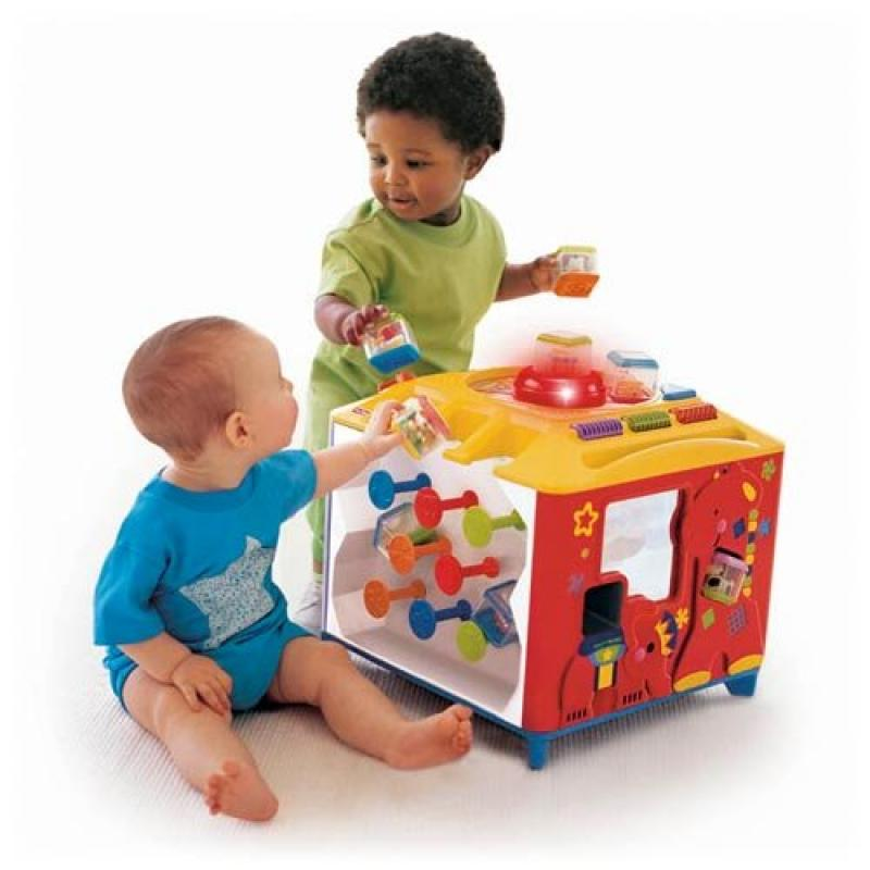 Fisher Price Incrediblock Activity Center by Fisher-Price