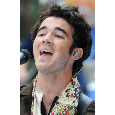 Kevin Jonas At Talk Show Appearance For Nbc Today Show Concert With The Jonas Brothers Rockefeller Plaza New York Ny June 19 2009 Photo By Kristin CallahanEverett Collection Celebrity