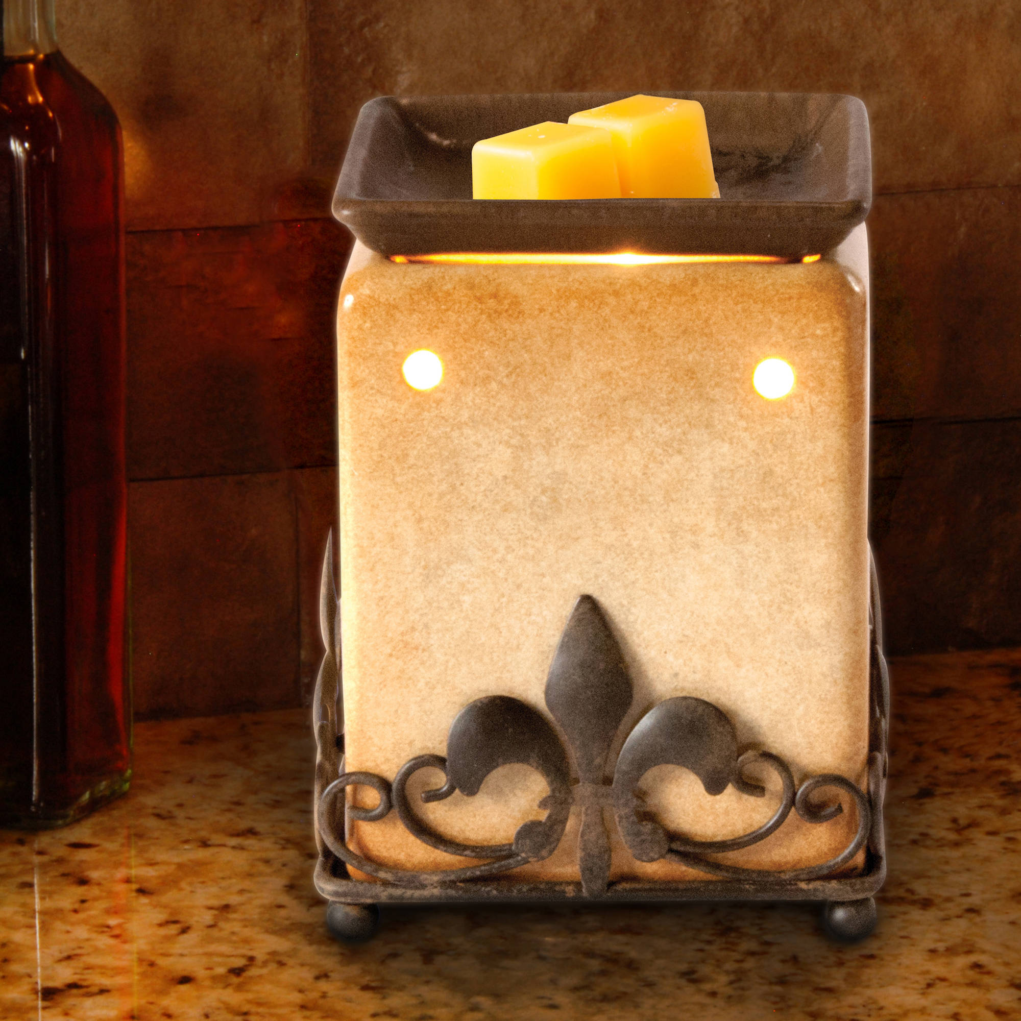 Ambiescents Tan and Metal Fleur De Lis Wax Warmer