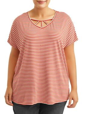 Terra & Sky Women's Plus Size Cage Neck Detail Short Sleeve Top