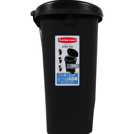 rubbermaid premium step on trash can 13 gal black with metal accent best trash cans. Black Bedroom Furniture Sets. Home Design Ideas