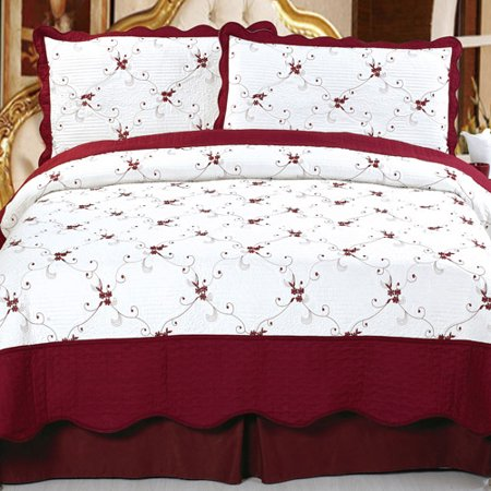 Somerset Home Embroidered Quilt Bedding Set Chloe