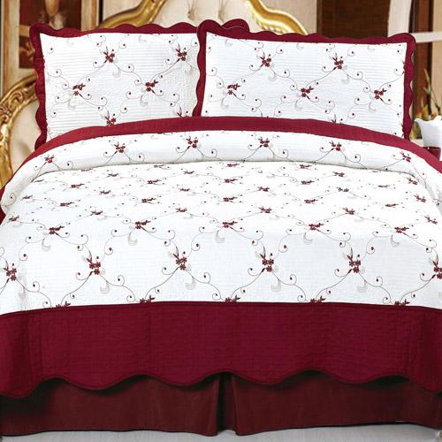 Somerset Home Embroidered Quilt Bedding Set Chloe