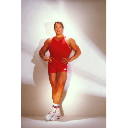 Arnold Schwarzenegger iconic workout muscle pose in gym shorts & vest 24x36