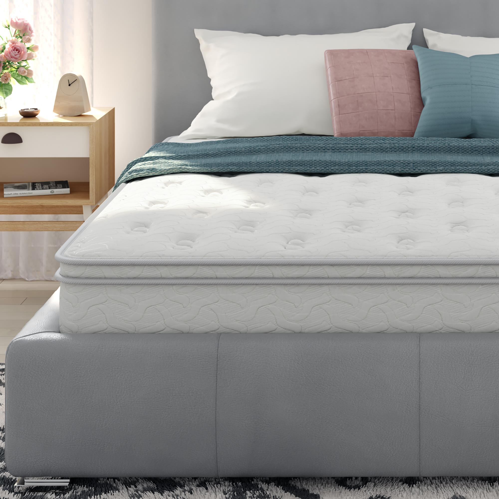 "Signature Sleep Gold Revive 5-Zone Independently Encased Coil 10"" Mattress"