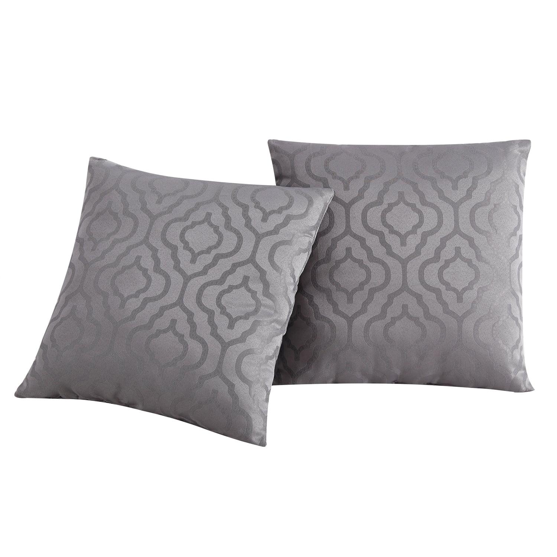 """VCNY Home Sarah Quatrefoil Jacquard 18"""" x 18"""" Decorative Throw Pillow"""