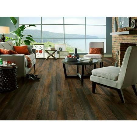 Armstrong  Premier Classics Laminate Flooring Pack  21 3 Square Feet Per Case