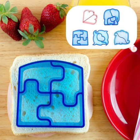 CUH 2PCS Sandwich Toast Cookies Cake Bread Cutter DIY Mold Biscuit Food Mold Animal Shaped Lunch Cutter for Kids - Halloween Sandwich Cutters Uk