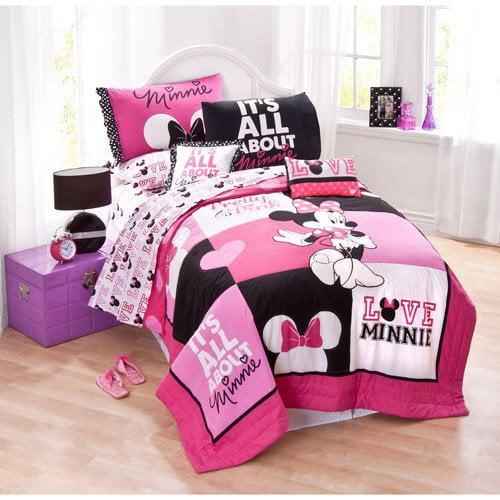 Minnie Classic Pink Twin Quilt Set