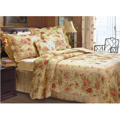 Global Trends Antique Rose Quilt Set