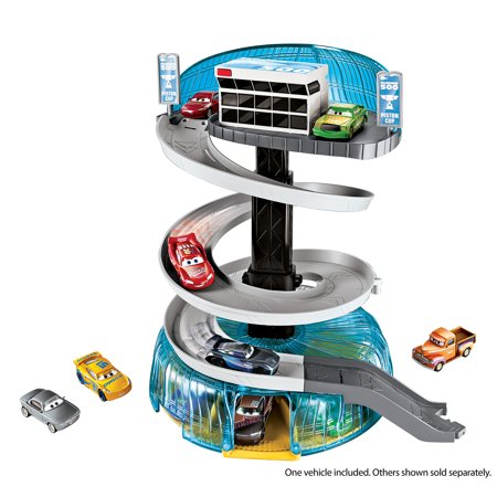 Cars  Florida Speedway Spiral Playset